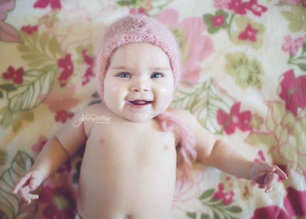 Hand knitted light n' airy bonnet - lilfairyknitshoppe