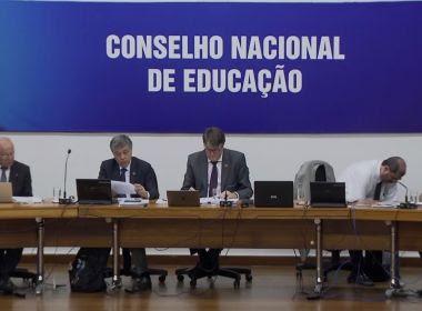 CNE aprova Base Comum Curricular que orienta ensinos infantil e fundamental