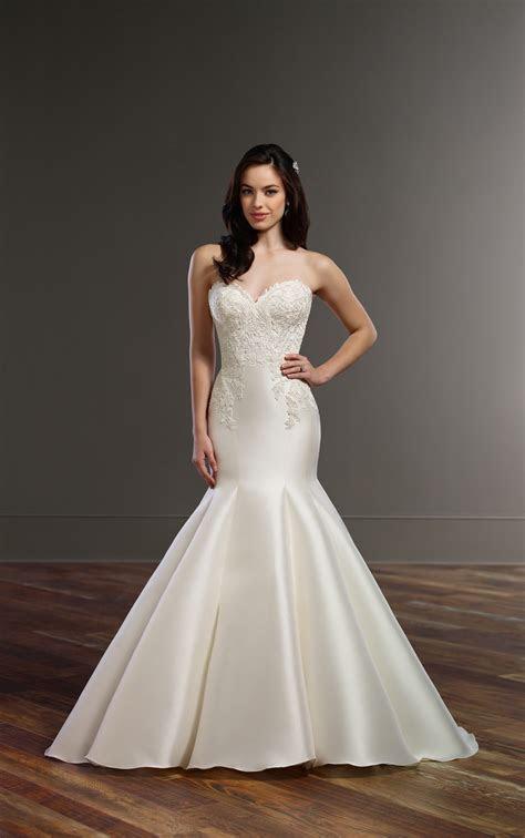 Wedding Gowns  Structured Trumpet Wedding Dress   Martina