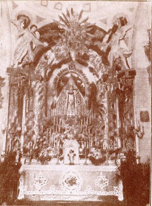 Altar de la Virgen de la Salud en la Iglesia de Santa Leocadia. Obra de Narciso Tomé