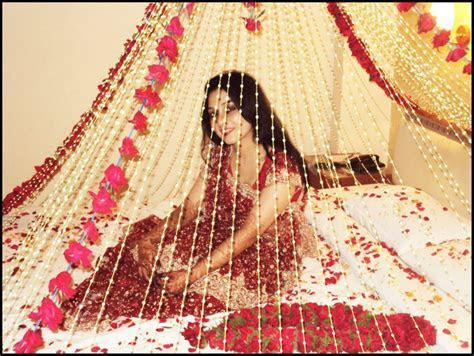 Wedding Bed Room Decoration   Wedding Snaps .
