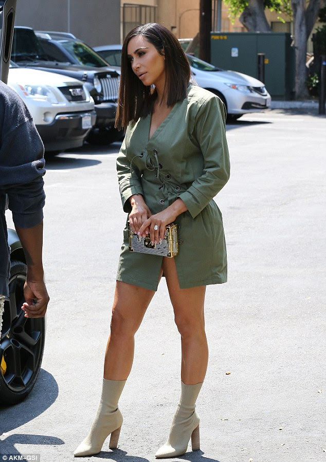 Kim Kardashian shows off considerably shorter hair with husband Kanye West  Daily Mail Online