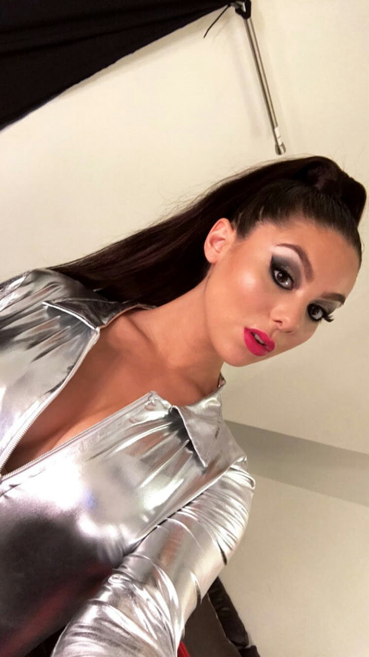 Kira Kosarin Selfie 2017