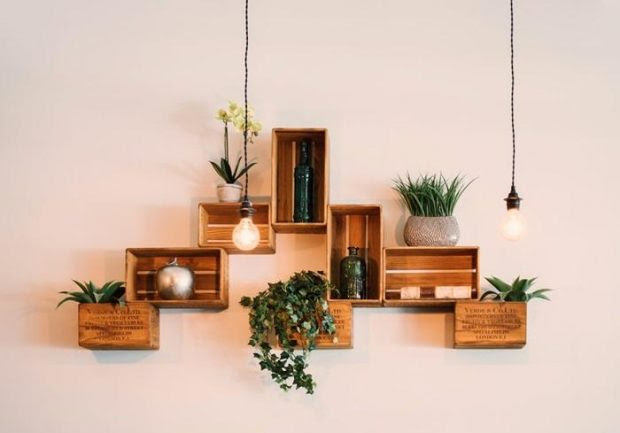 Wooden Decor Ideas to Add a Fall Vibe to Your Home