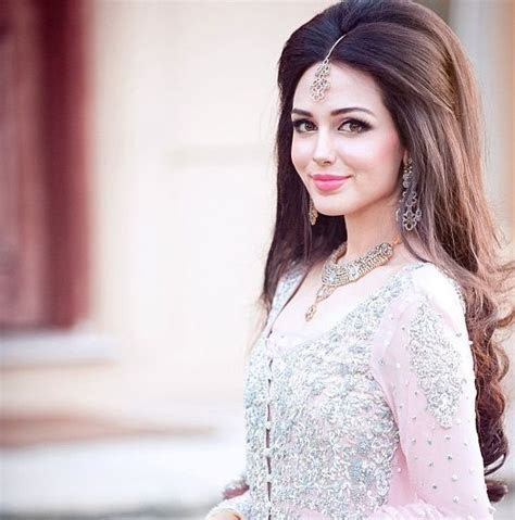 The Best Indian Wedding Hairstyles: half updo   Pakistani