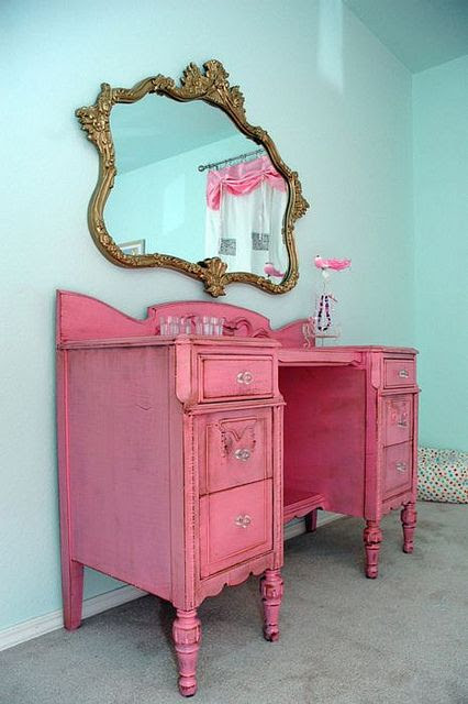 Love for a little girls'room!!! Bebe'!!! Hot pink dresser ...perfect for any little princess!!!