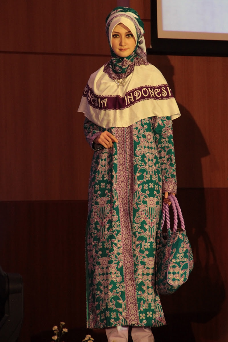 9+ Baju Batik Seragam Haji Indonesia, Konsep Terpopuler!