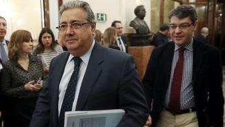 El ministre Zoido nega que el gran dispositiu policial a Barcelona tingui cap vincle amb el procés sobiranista (EFE)