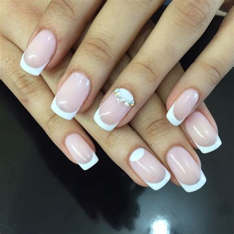 59 Unique Summer Wedding Nail Art Ideas To Make Your Nails