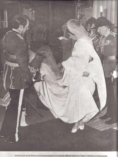 The Wedding Dress   Princess Anne of England     Blog de