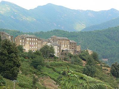 village castagnicia.jpg