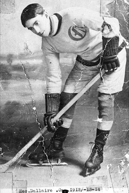 photo HECTORDALLAIRE1911-12Canadienssweater.png
