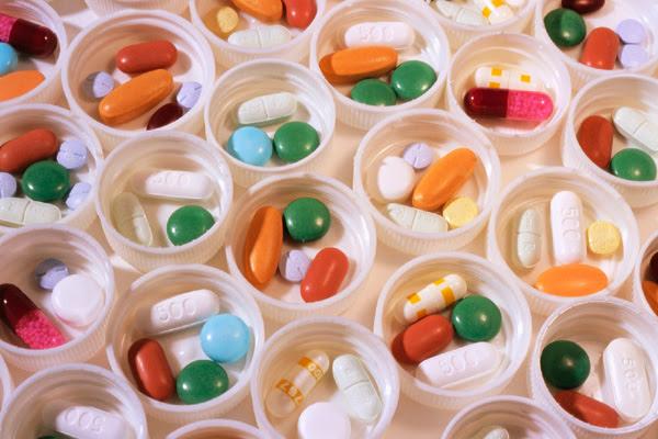 Remédios não podem ser vendidos em supermercados