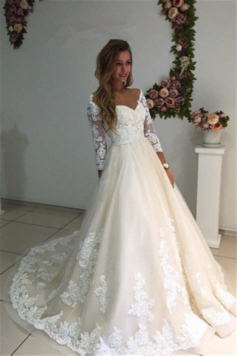 3/4 Sleeves Bridal Gowns 2018 A Line Champagne Appliques