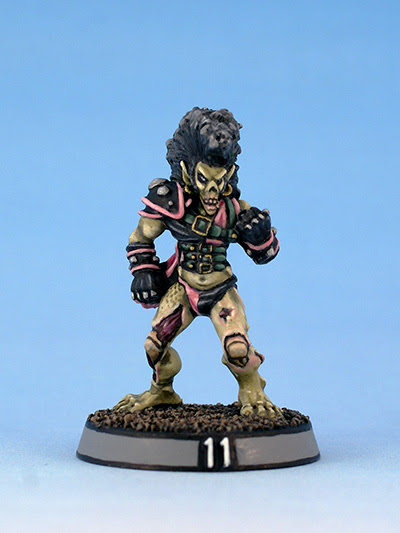 Citadel Miniatures undead Blood Bowl Elf Zombie