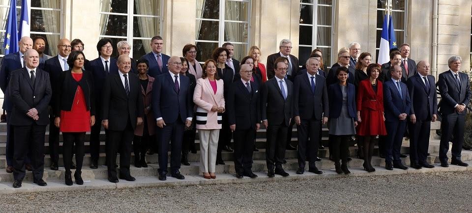"""Résultat de recherche d'images pour """"gouvernement cazeneuve"""""""