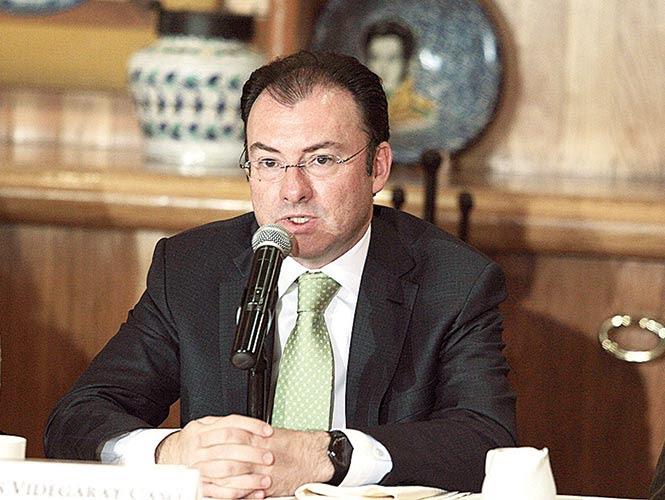 Luis Videgaray Caso, secretario de Hacienda, celebró la acción decidida del gobierno de la República para restablecer el orden.