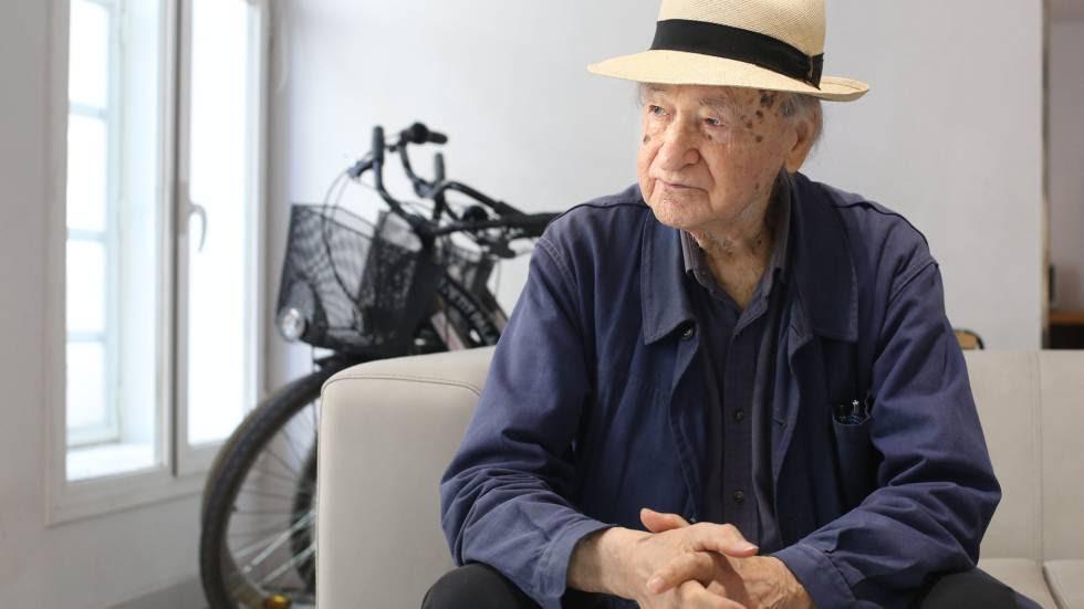El cineasta Jonas Mekas en un hotel de Madrid.