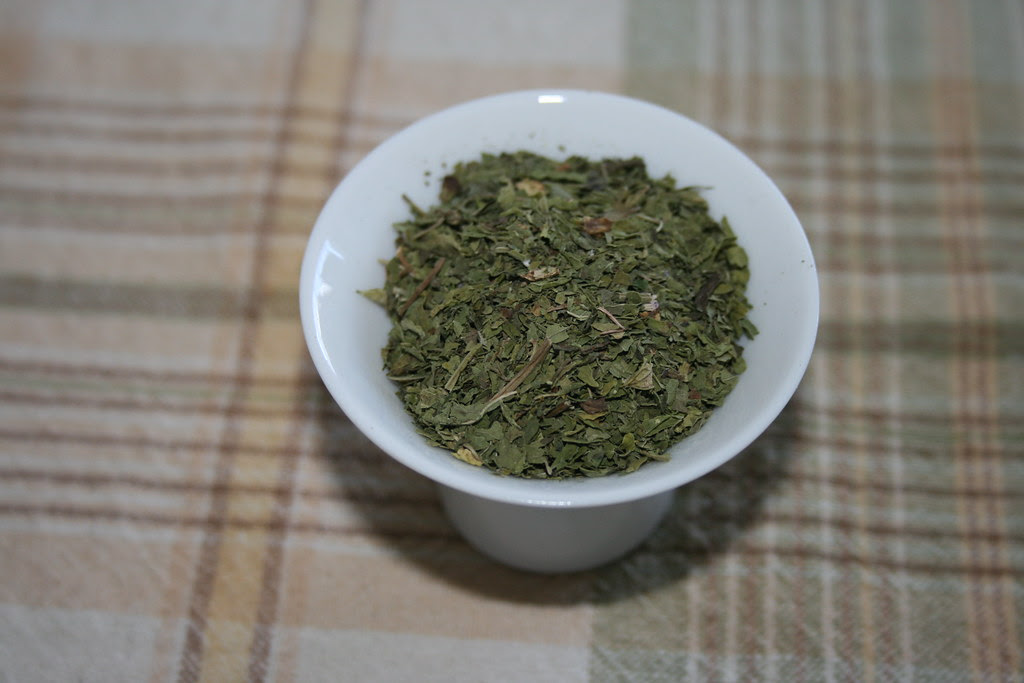 Fresh dried mint