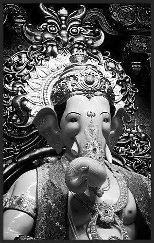 Lalbagh Chya Raja ..On A Mission Of Peace by firoze shakir photographerno1