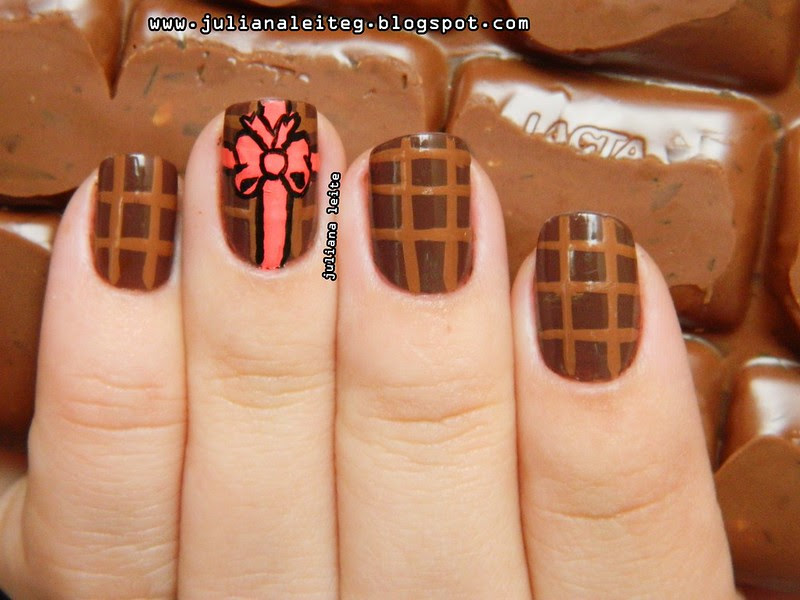 juliana leite makeup nailart unhas decoradas barra de chocolate diferente doces presente laços embrulho marrom tinta tecido bem feita blog esmalte colorama pincel páscoa feitas semana2