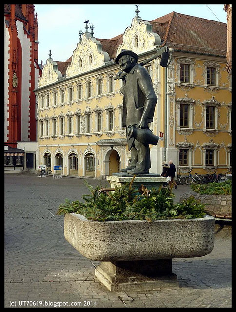 oberer markt häckerbrunnen 2