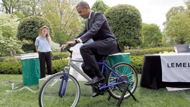 gty_obama_bike_mi_130422_wmain
