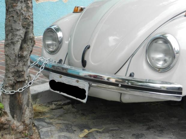 """""""Não tem mais veículo seguro aqui. Se não recorrer a todos os métodos, eles levam mesmo"""", diz. A imagem do veículo foi fotografada pelo vereador da cidade Paulo Vasconcelos. (Foto: Paulo Vasconcelos/Arquivo Pessoal)"""