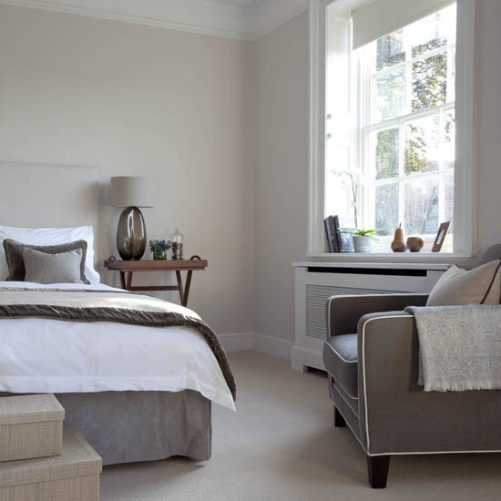 Grey-toned bedroom   Traditional bedrooms - 10 decorating ...