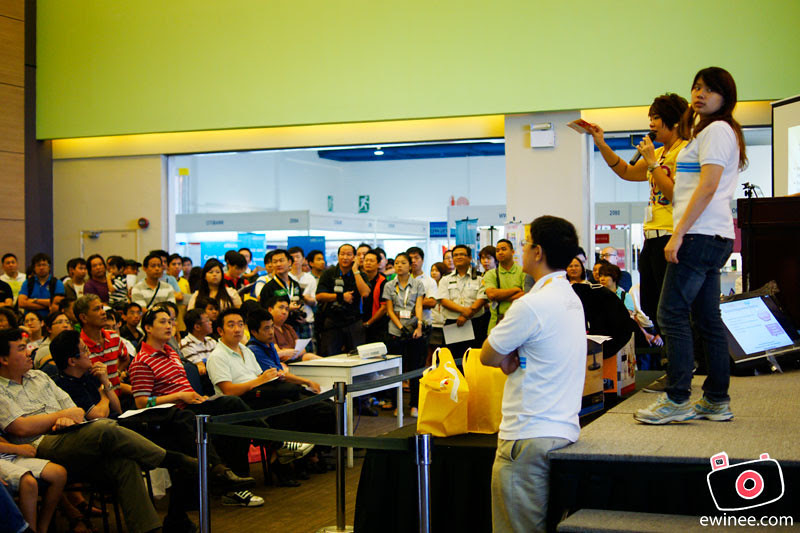 LELONG-FAIR-MIDVALLEY-AUGUST-2011-crowd