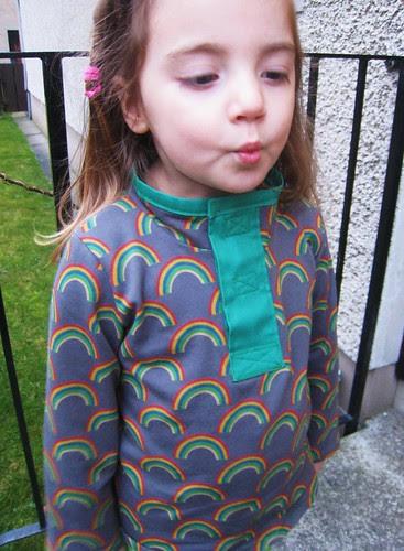 rainbow shirt kiss