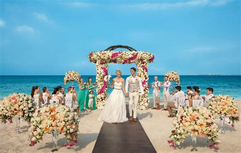Dreams Playa Mujeres Wedding Packages   DESTIFY