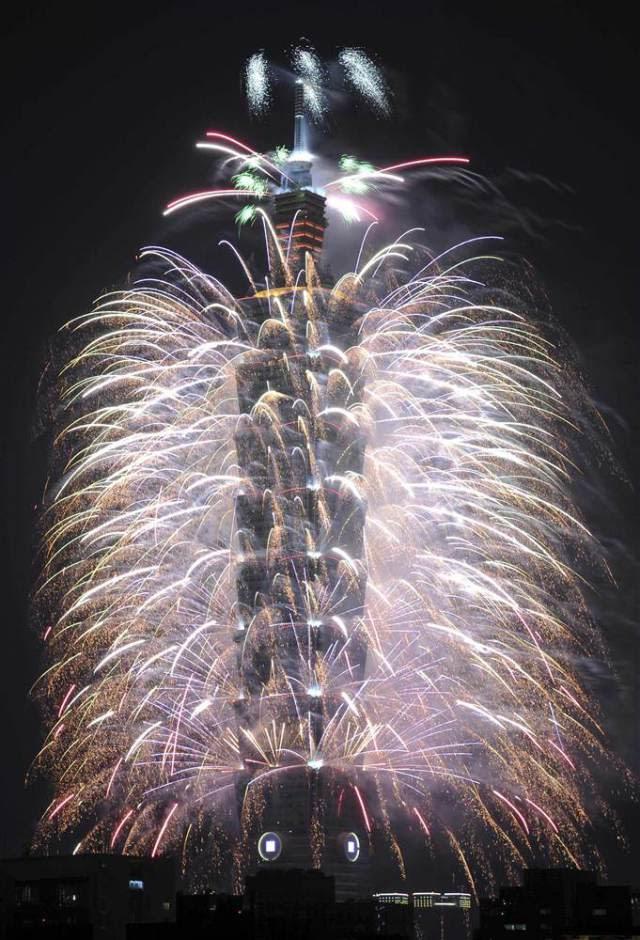 taiwan-2014-fireworks