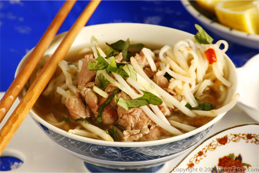 Pho Bo Tai Nam (The Perfect Vietnamese Beef Rice Noodle Soup) Recipe