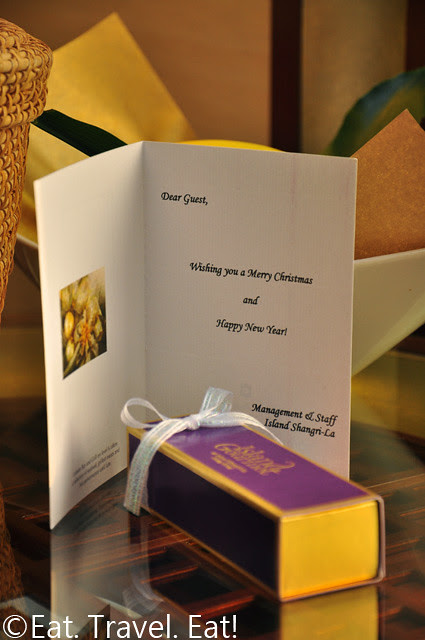 Island Shangri-La Island Gourmet Chocolate Christmas Gift with Card