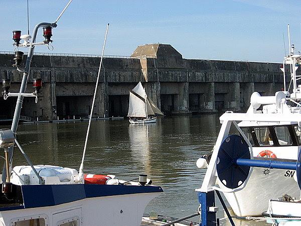 base sous marine vue du quai Demange