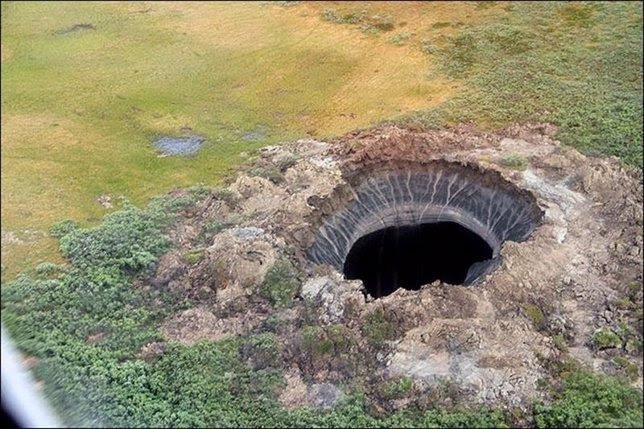 Cráter del 'fin del mundo' en Siberia