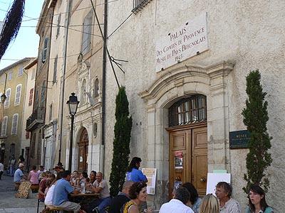 palais des comtes de Provence.jpg