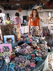 Artistic Affaire: Holly and her Booth!