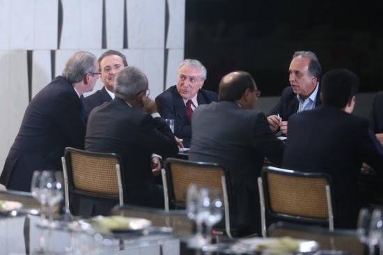 Jantar da cúpula do PMDB no Palácio do Jaburu