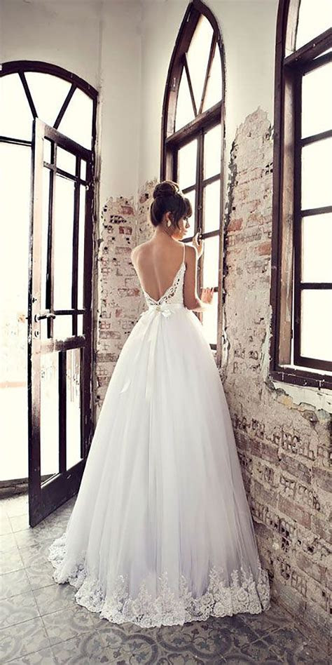 Best 25  Bow wedding dresses ideas on Pinterest   Bridal
