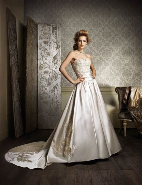 Alfred Angelo Unveils 2014 Bridal Collection   Modern Wedding