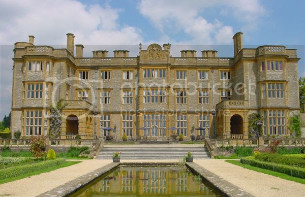 eynsham_hall