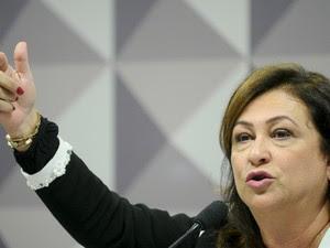 Kátia Abreu faz a defesa de Dilma na comissão do impeachment (Foto: Marcos Oliveira/Agência Senado)