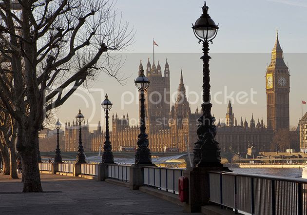 photo 0 London-Albert-Embankment3_zpshuyybm1a.jpg