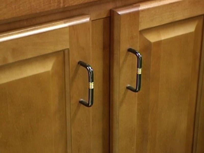 Trends For Kitchen Door Knobs And Pulls wallpaper