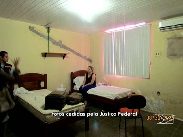 Ex-prefeita Lidiane Leite em alojamento no Quartel do Corpo de Bombeiros (Foto: Reprodução/ TV Mirante)