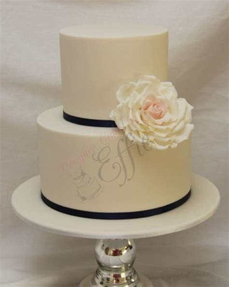 Designer Cakes by Effie   Wedding Cakes Wheelers Hill