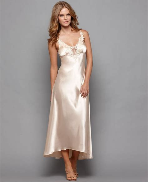 3490 Best images about Satin to sleep in on Pinterest