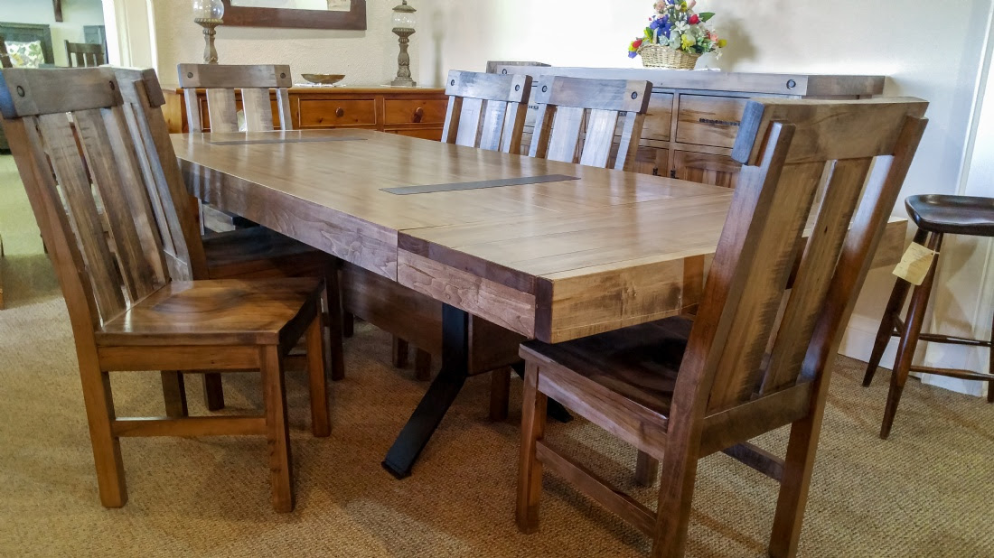 Millwright Beam Table With Hartwick Chairs Lloyd S Mennonite Furniture Gallery Solid Wood Mennonite Furniture Dining Room Tables Kitchen Bedroom Sets